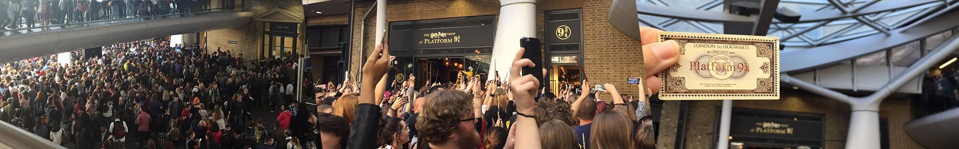 Porque fãs de Harry Potter estão aparecendo em King's Cross em 1º de Setembro